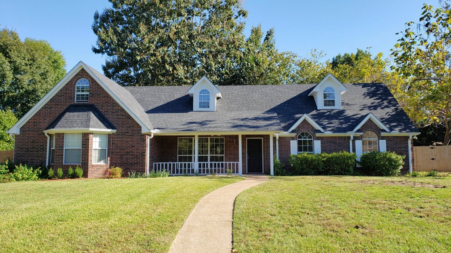 UPDATED HOME NEAR LAKE PALESTINE IN EAST TEXAS