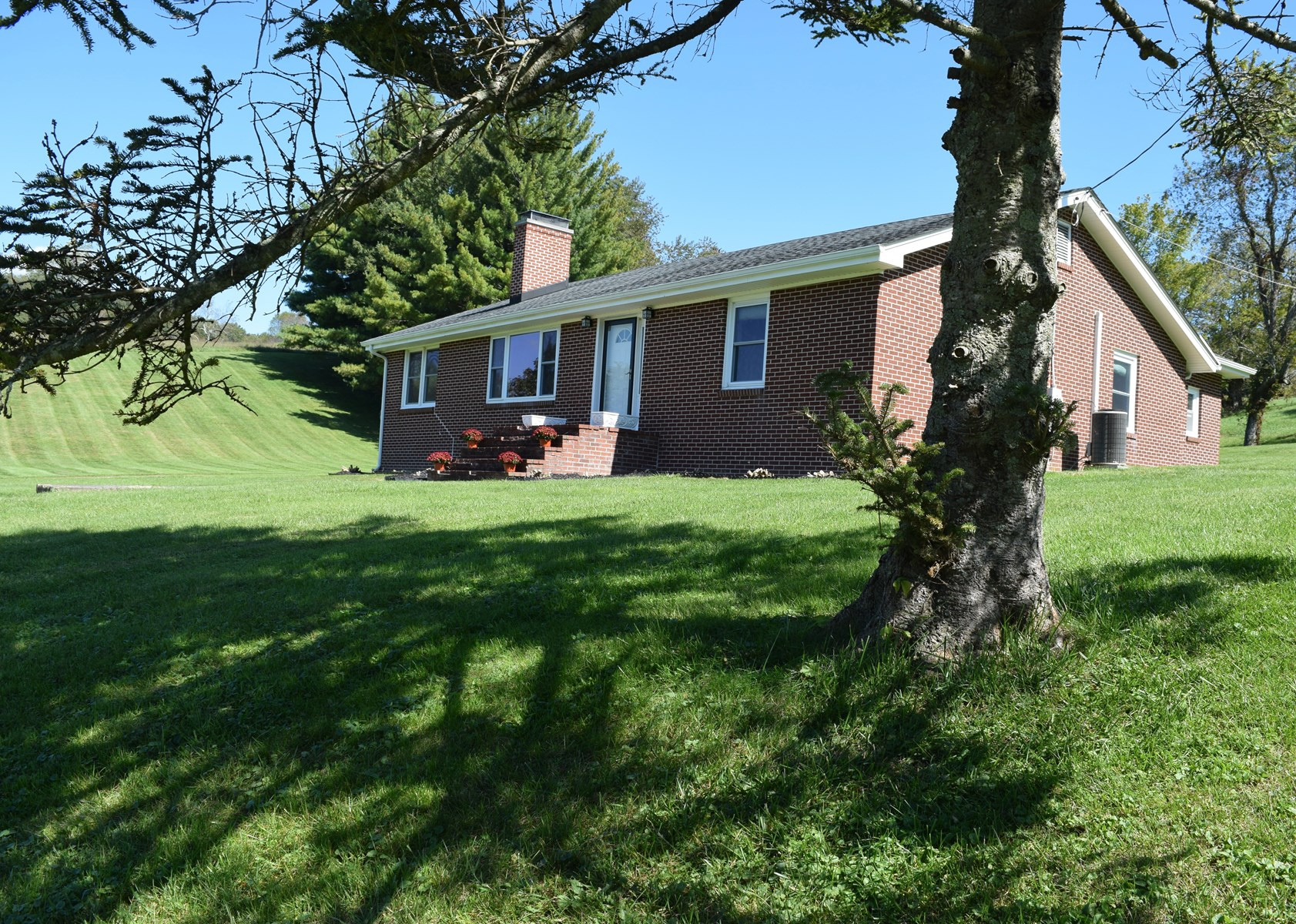 Country Home for Sale in Copper Hill VA!