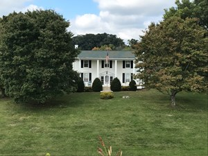 HISTORICAL HOME FOR SALE ON 37 ACRES IN BLOUNTVILLE, TN