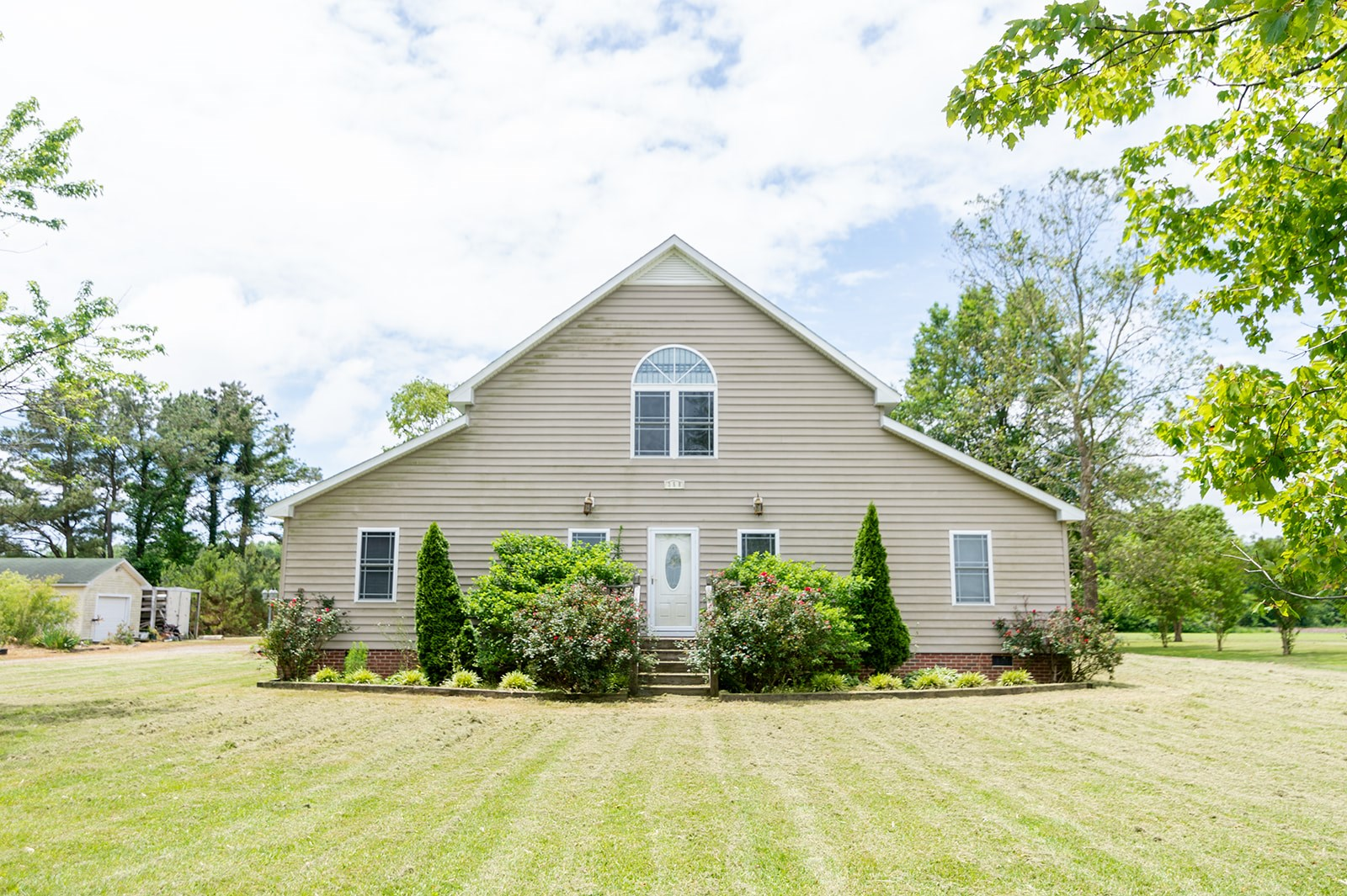 CURRITUCK COUNTY HOME FOR SALE