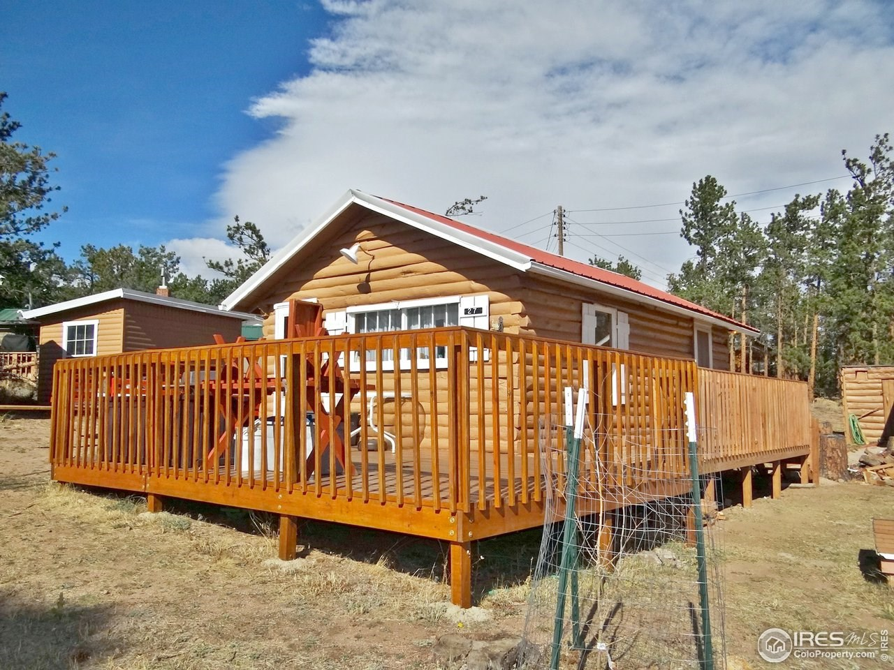 Adorable Red Feather Lakes Cabin