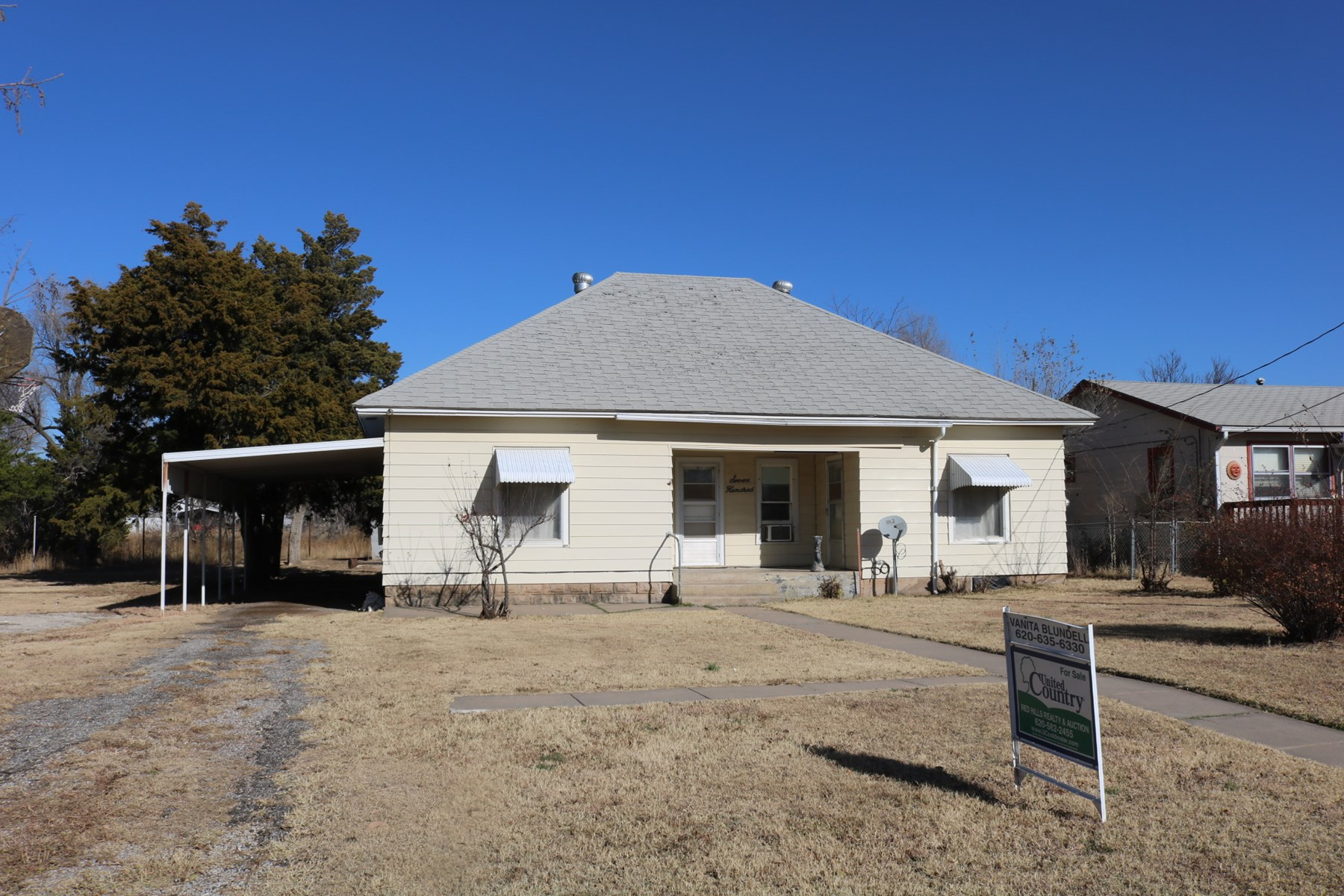 Classic 2 Bedroom Home in Coldwater, Kansas