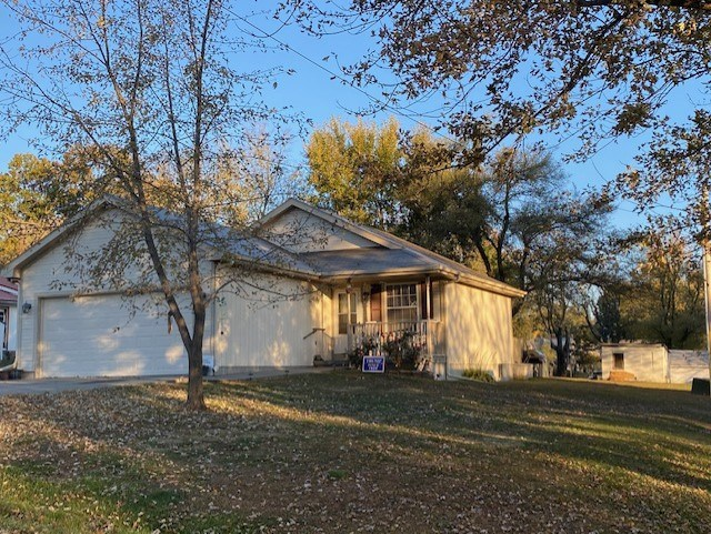 CAMERON MO RANCH HOME FOR SALE