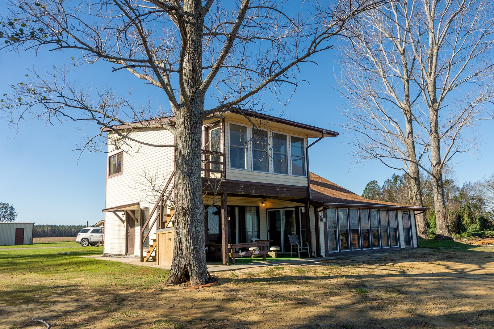 Scuppernong River Home in Tyrrell County