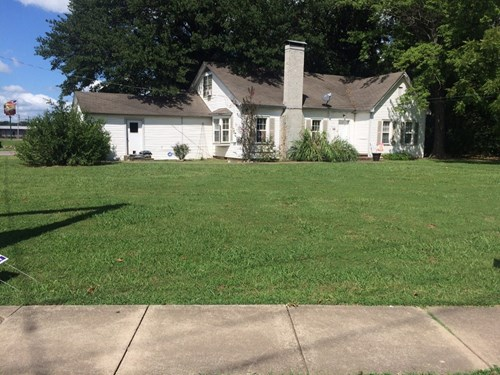 BEAUTIFUL HOME WITH BUSINESS POTENTIAL!