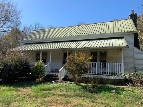 Country Home on 34.9 Acres in Tennessee