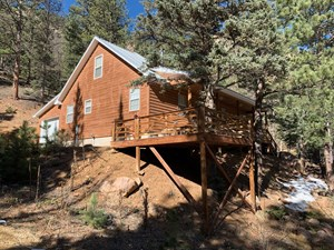 HUNTING CABIN ON 30+ ACRES FOR SALE IN WESTCLIFFE, CO