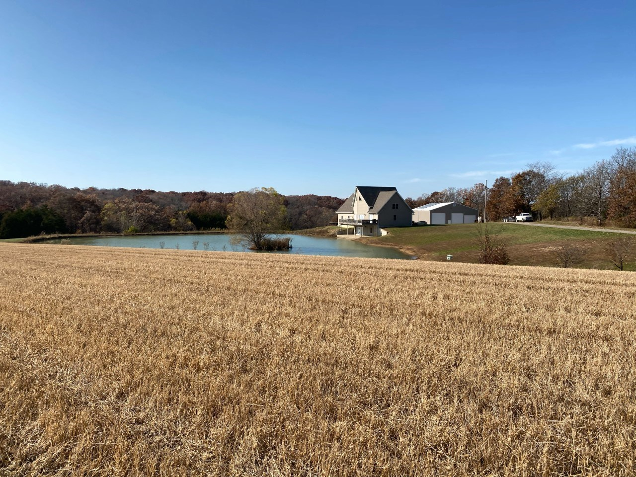 Home with Hunting Land For Sale in Lee County IA