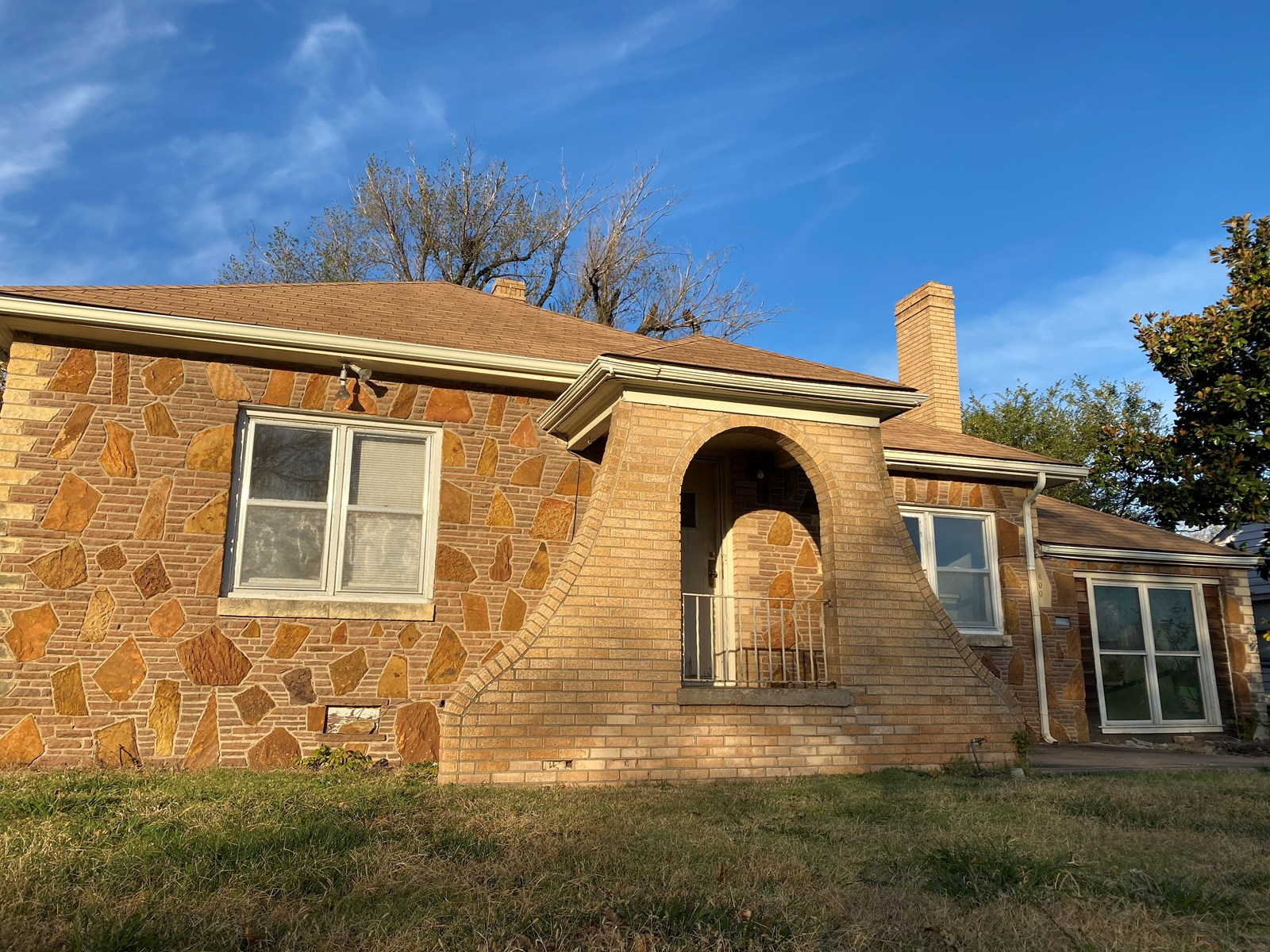 PONCA CITY, NORTH CENTRAL OKLA. HOME FOR SALE INCOME/INVEST
