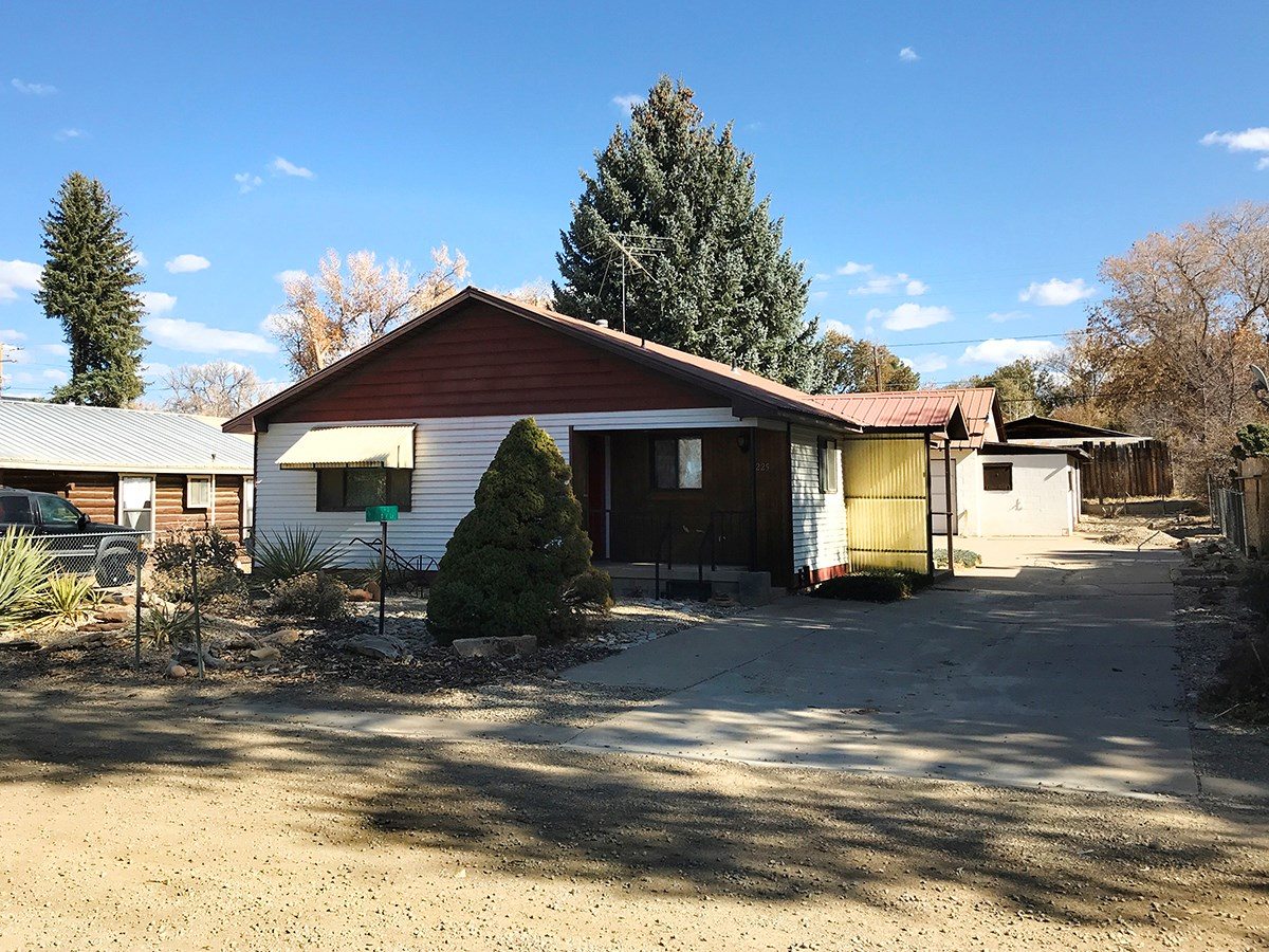 Well maintained home in town, Mancos, CO