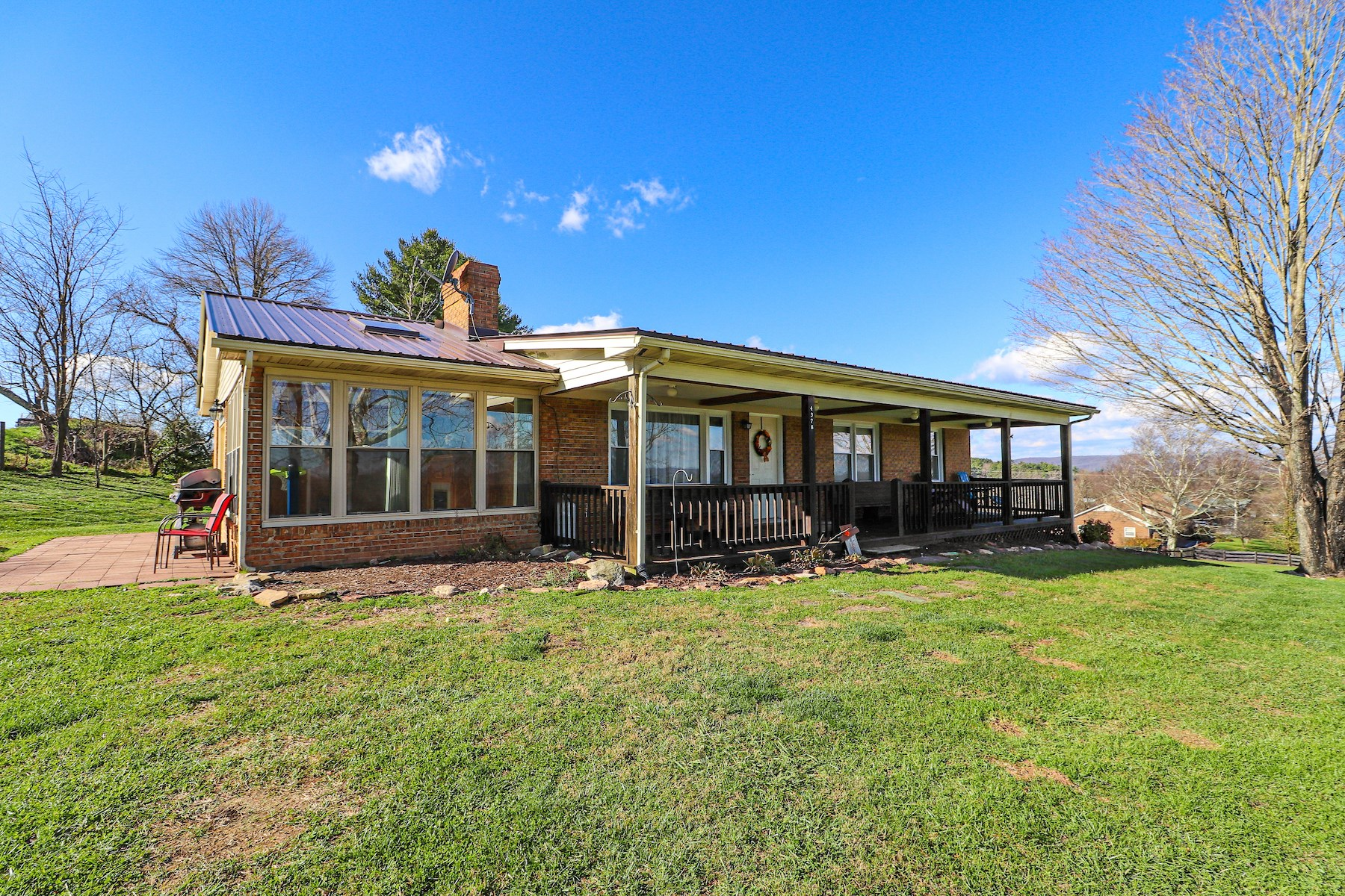 Beautiful One Level Home for Sale in Willis VA!