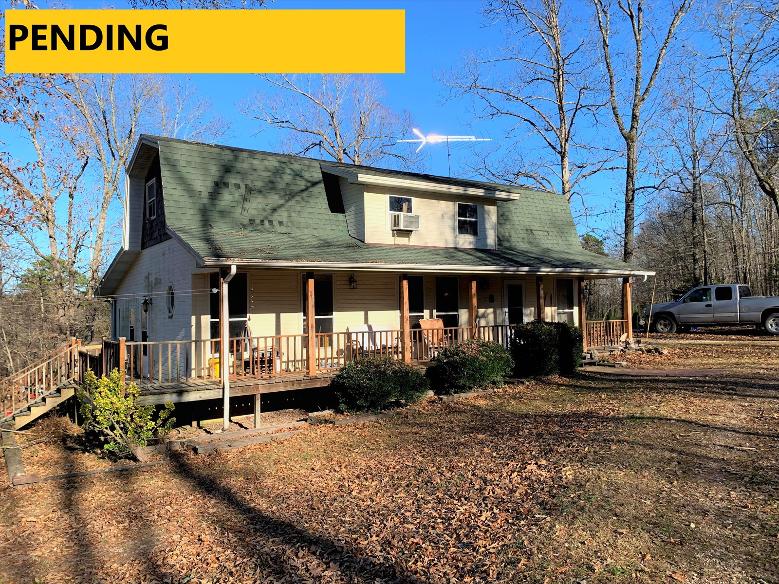 VERY WELL-BUILT / 2-STORY / CRAFTSMAN-STYLE HOME ON 9 ACRES