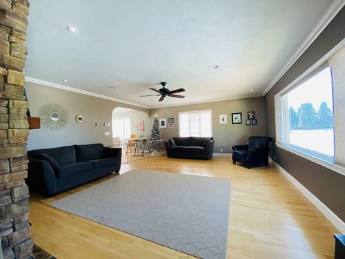 Charming Mid-Century Home/4 bed, 2 bath/Conrad, MT/$260,000