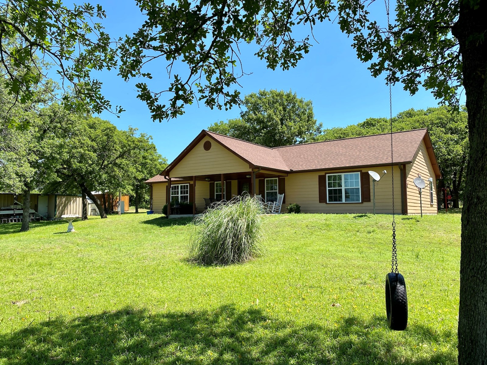 COUNTRY HOME ON 25 WOODED ACRES/ HUNTING/ NO RESTRICTIONS