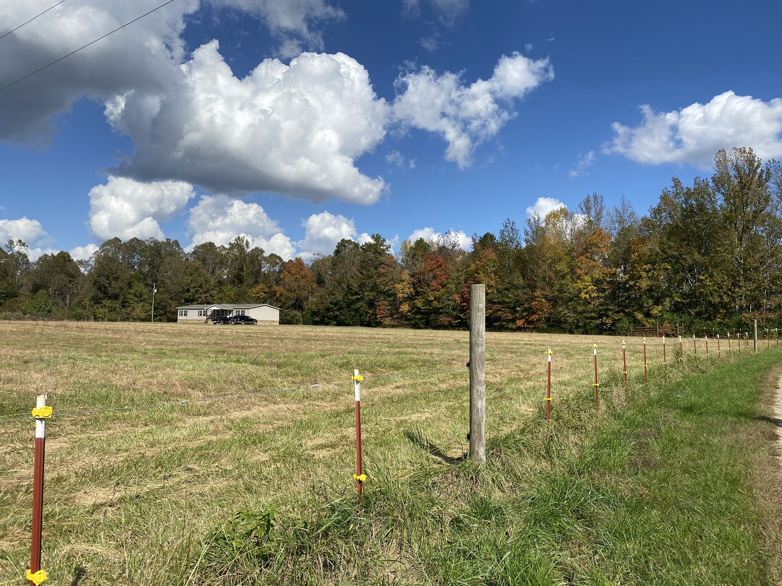 COUNTRY HOME ON ACREAGE IN TN FOR SALE, 13.5 ACRES, 3BD/2BTH