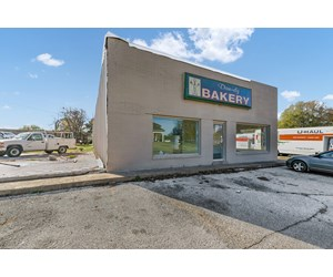 Commercial Building For Sale in Milan, TN