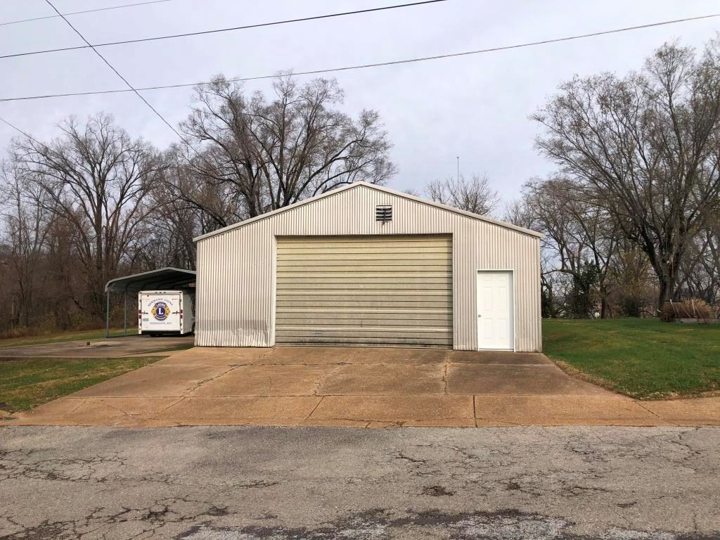 Commercial Property with Warehouse | Hermann, MO