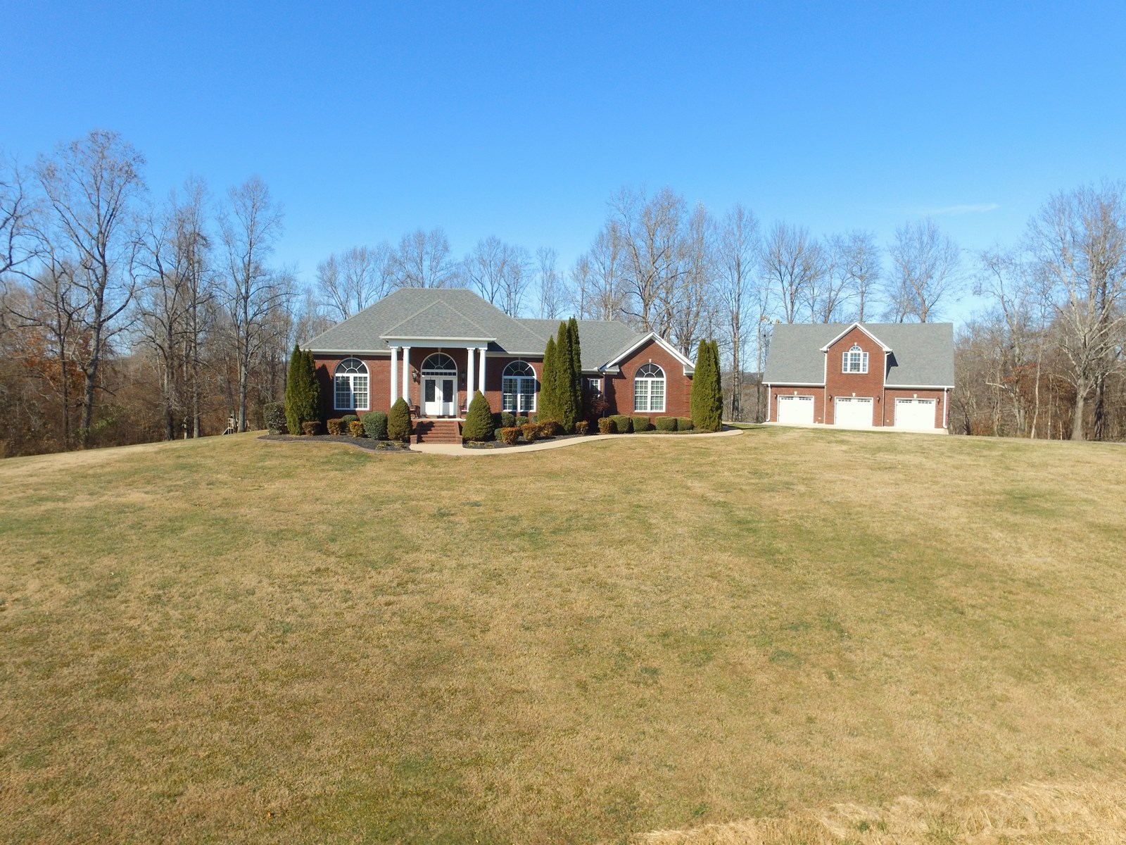 Country Home with Acreage for Sale in Santa Fe, Tennessee