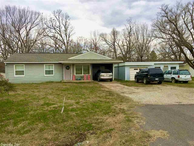 Home in town 3 bedroom with shop for sale Salem AR