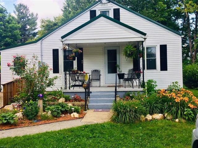 Charming Country Home for Sale in Copper Hill VA!