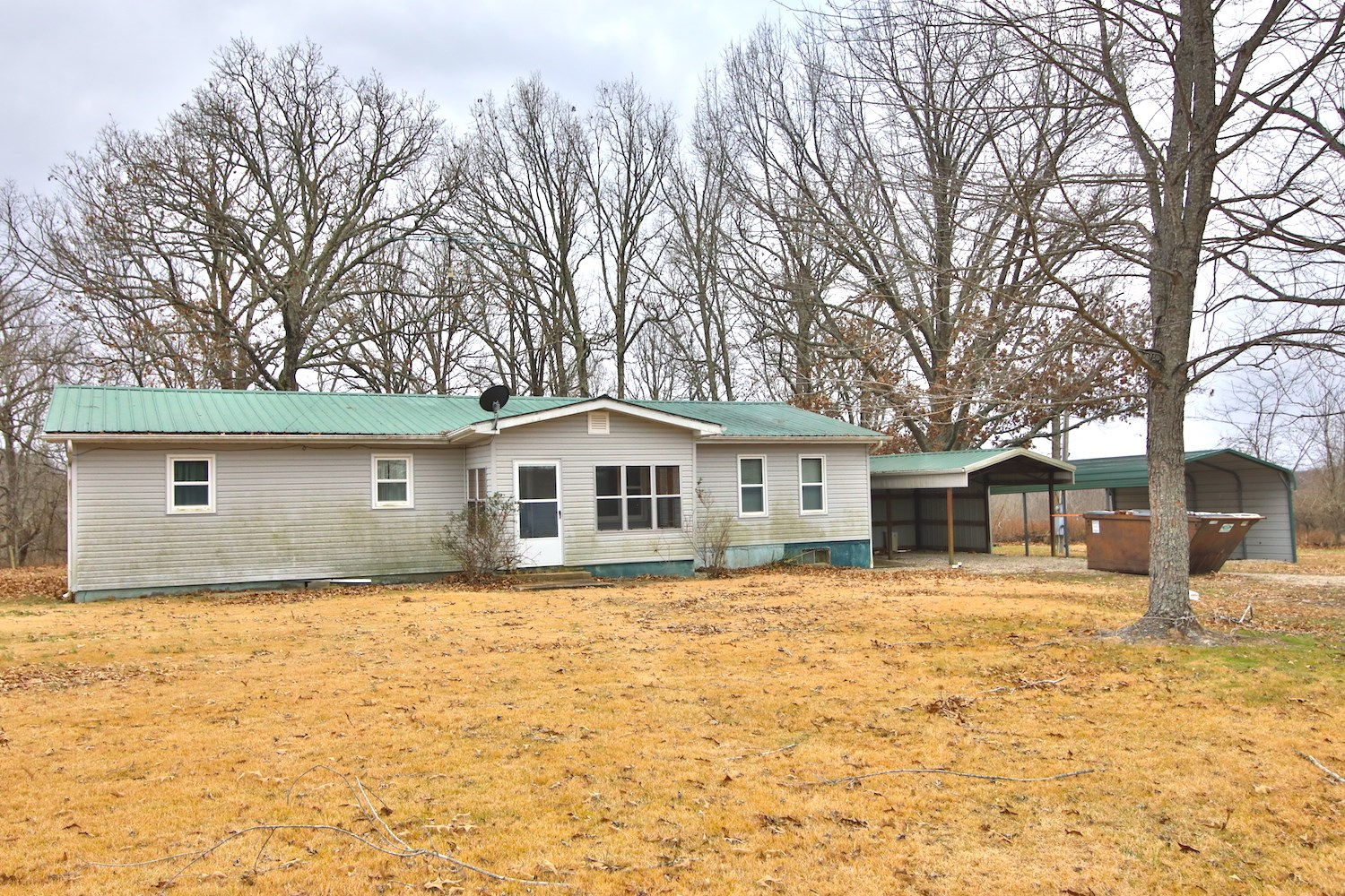Country Home for Sale on 120 Acres