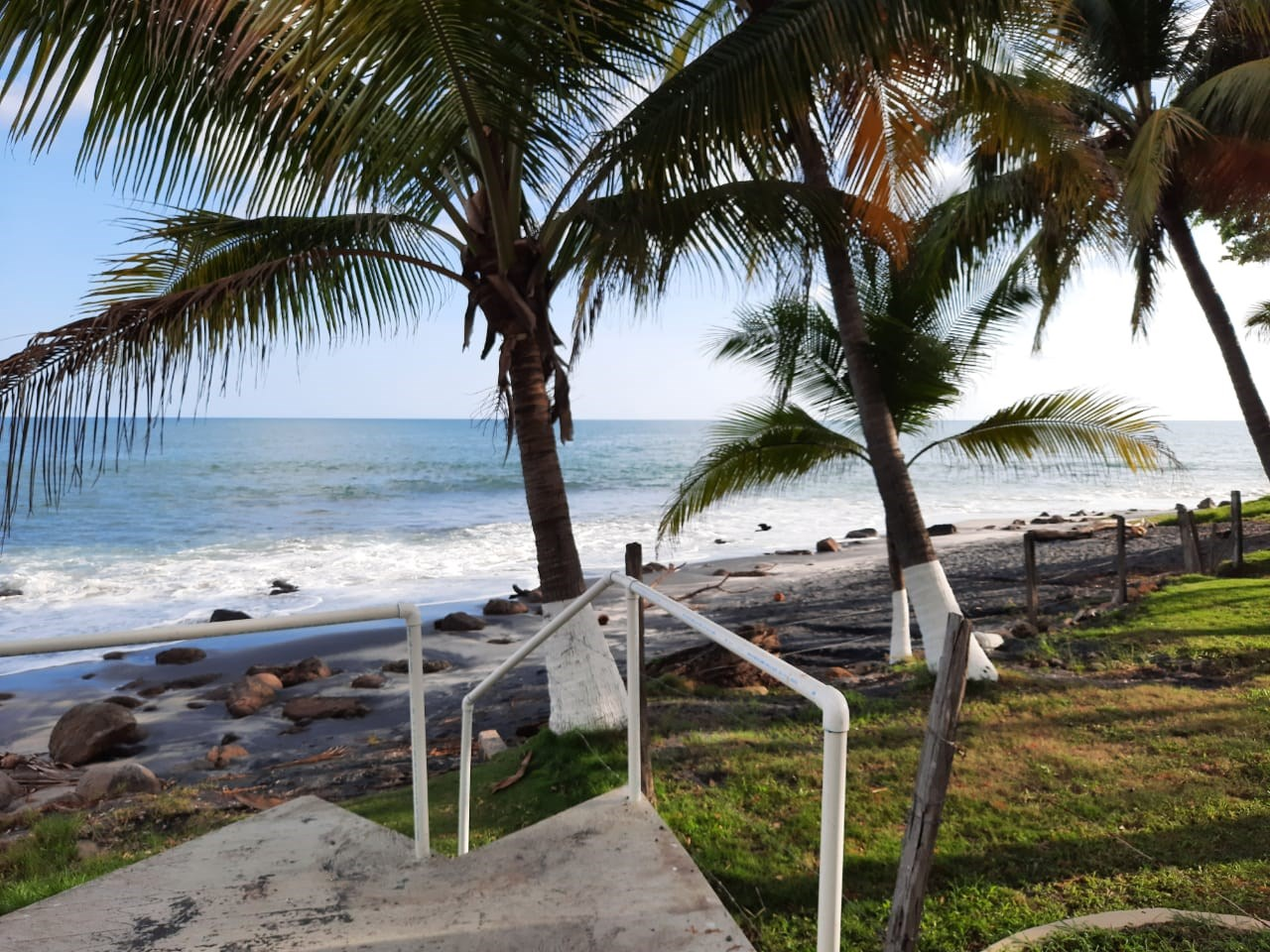 BEACH LOT WITH COUNTRY HOUSE FOR SALE IN CORONADO