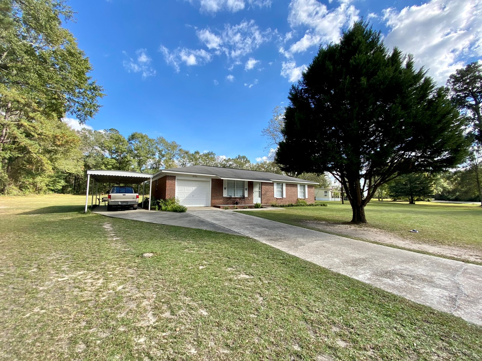 Home for Sale in Slocomb, Alabama