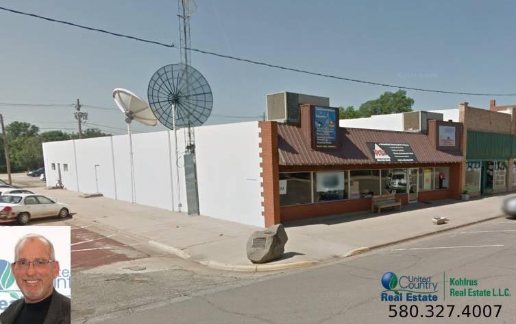 Commercial Building in Kiowa Kansas