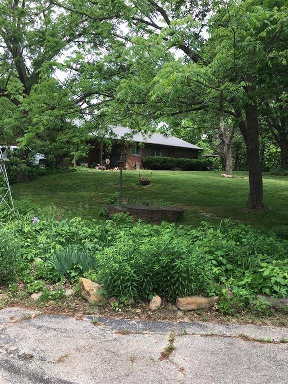 Nice Ranch Home on Hard to Find Acreage Near Savannah, MO