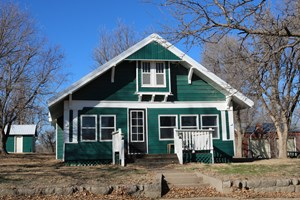 COUNTRY HOME FOR SALE IN WILMORE KS