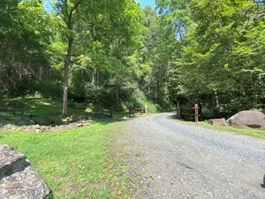 MOUNTAIN ACREAGE W/ LONG RANGE VIEWS IN WESTERN NC