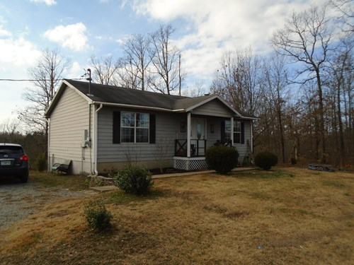 MISSOURI HOME ON 3 ACRES CLOSE TO TOWN