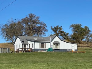 COUNTRY HOME & 12 ACRES FOR SALE IN CAMERON MO