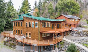 SUSTAINABLE COASTAL HOME FOR SALE IN GOLD BEACH, OR
