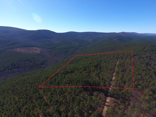20 Acre Winding Stair Mountain Cabin - National Forest