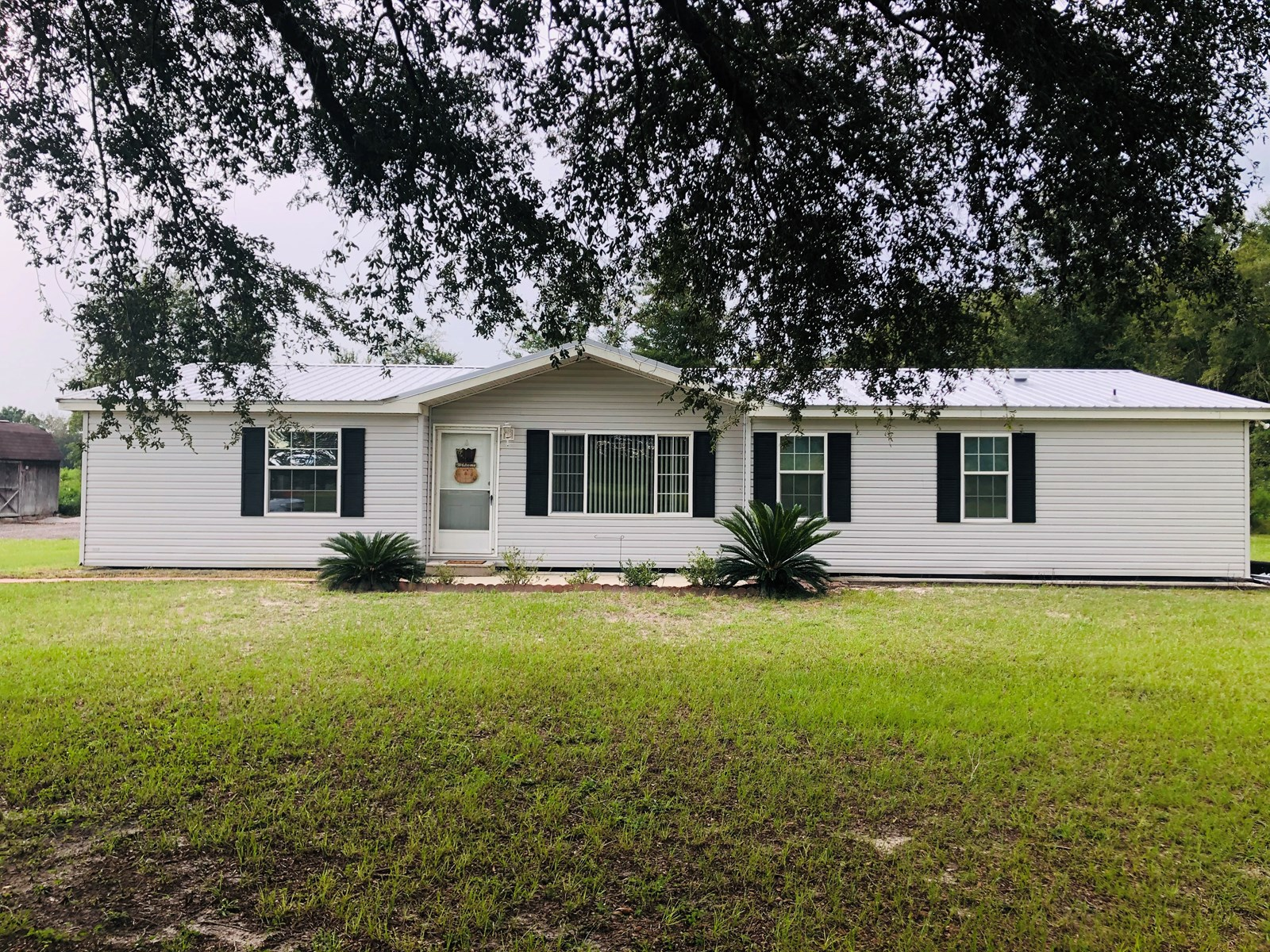 3/2 Mobile home on 4.69 acres
