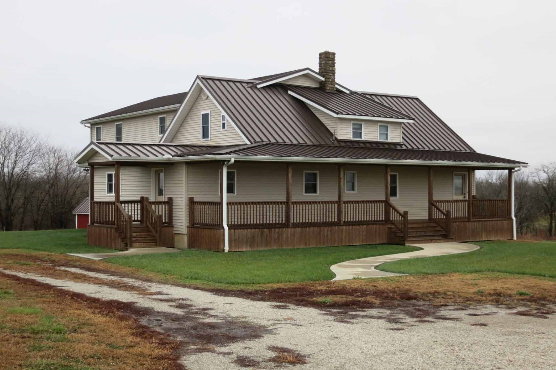House and Acreage in Daviess County
