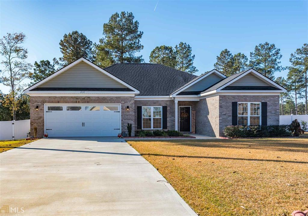 Home for Sale in Weatherstone Subdivision in Statesboro