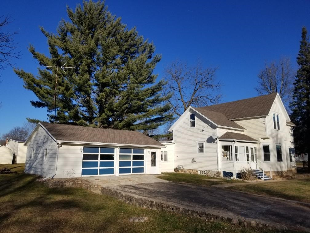 Character Home For Sale in Iola, WI