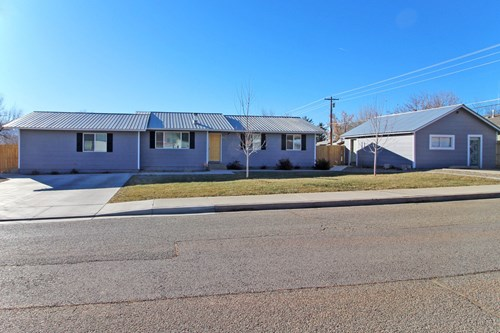 4 bedroom home on large lot with detached studio, Cortez, CO