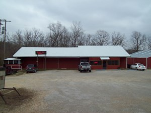 TURNKEY RESTAURANT & EQUIPMENT FOR SALE IN WAYNE COUNTY, MO