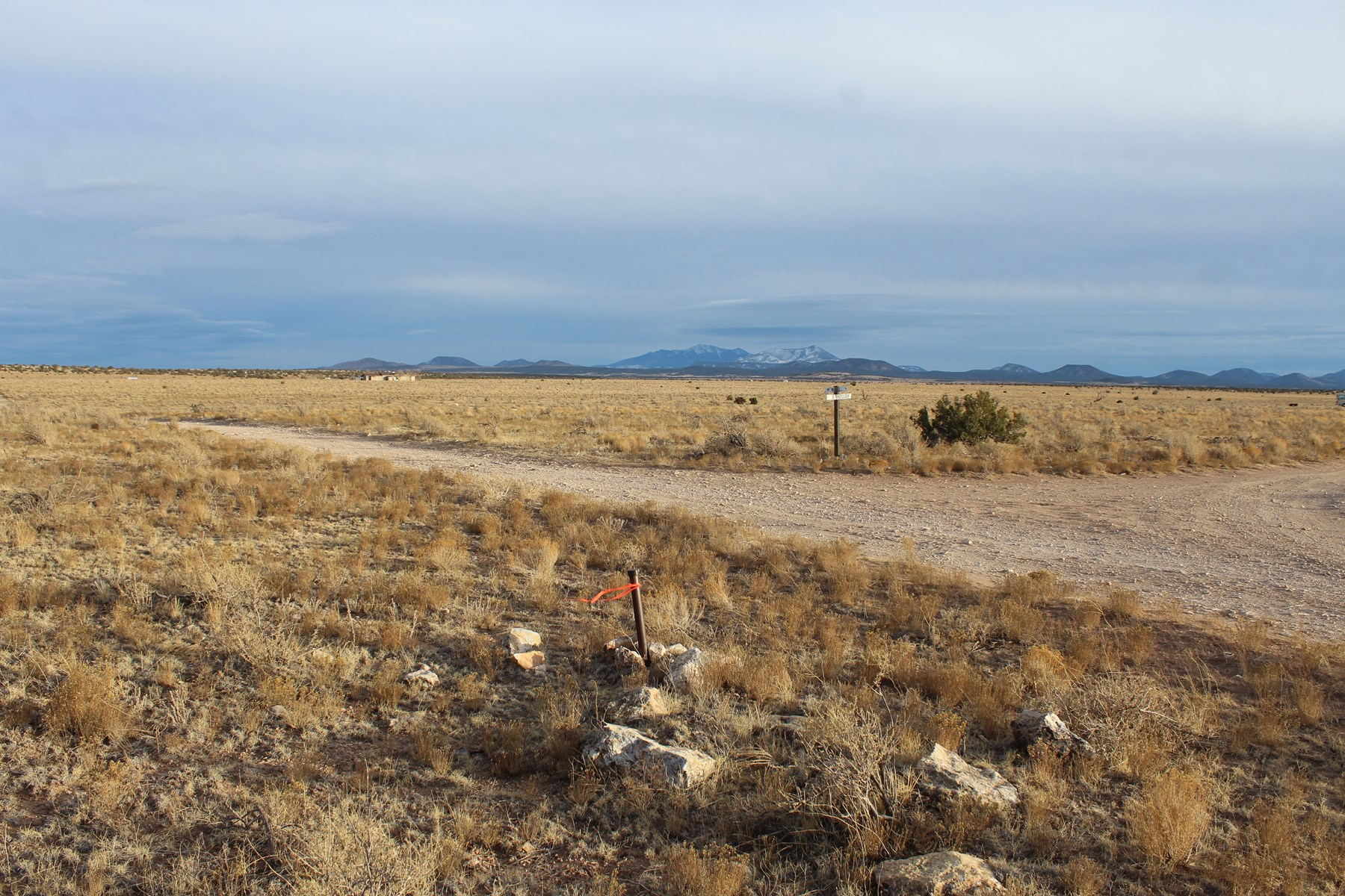 Level 1 Acre north of Williams for sale