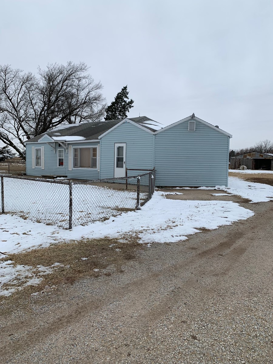 N. CENTRAL OKLA 5.25 ACRES WITH HOME BLACKWELL
