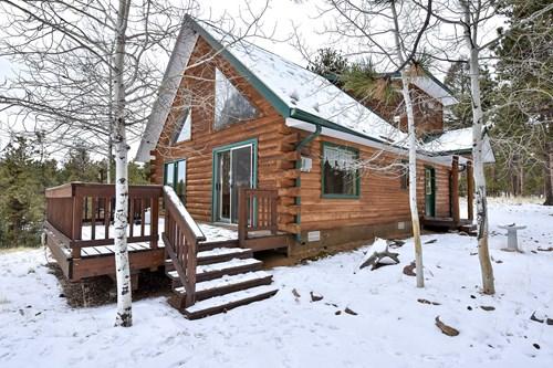 Log Cabin  in Central Colorado Mountains