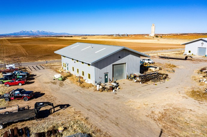 75' x 46' commercial building for sale in Dove Creek, CO