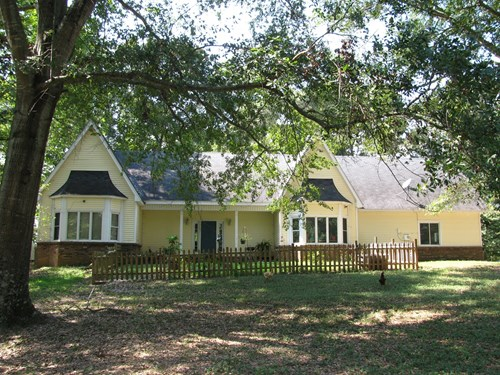 HOME FOR SALE IN TN W/ CREEK, FENCING, ACREAGE PASTURE
