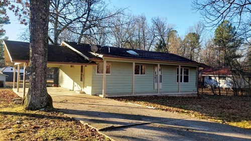 Home on level lot for sale Cherokee Village AR