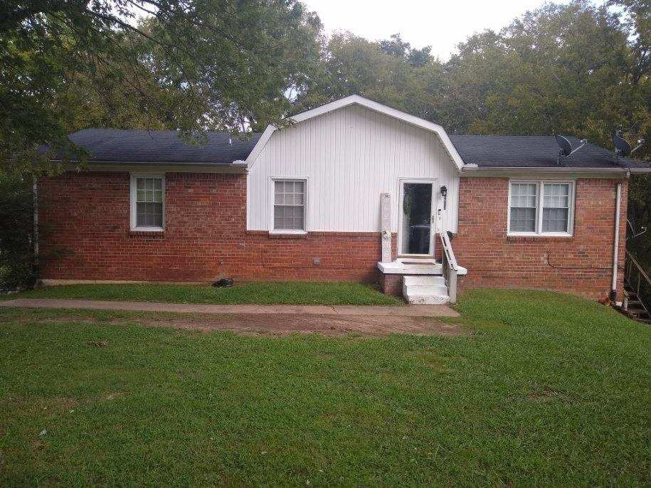 Investment Home in Town for Sale in Columbia, Tennessee