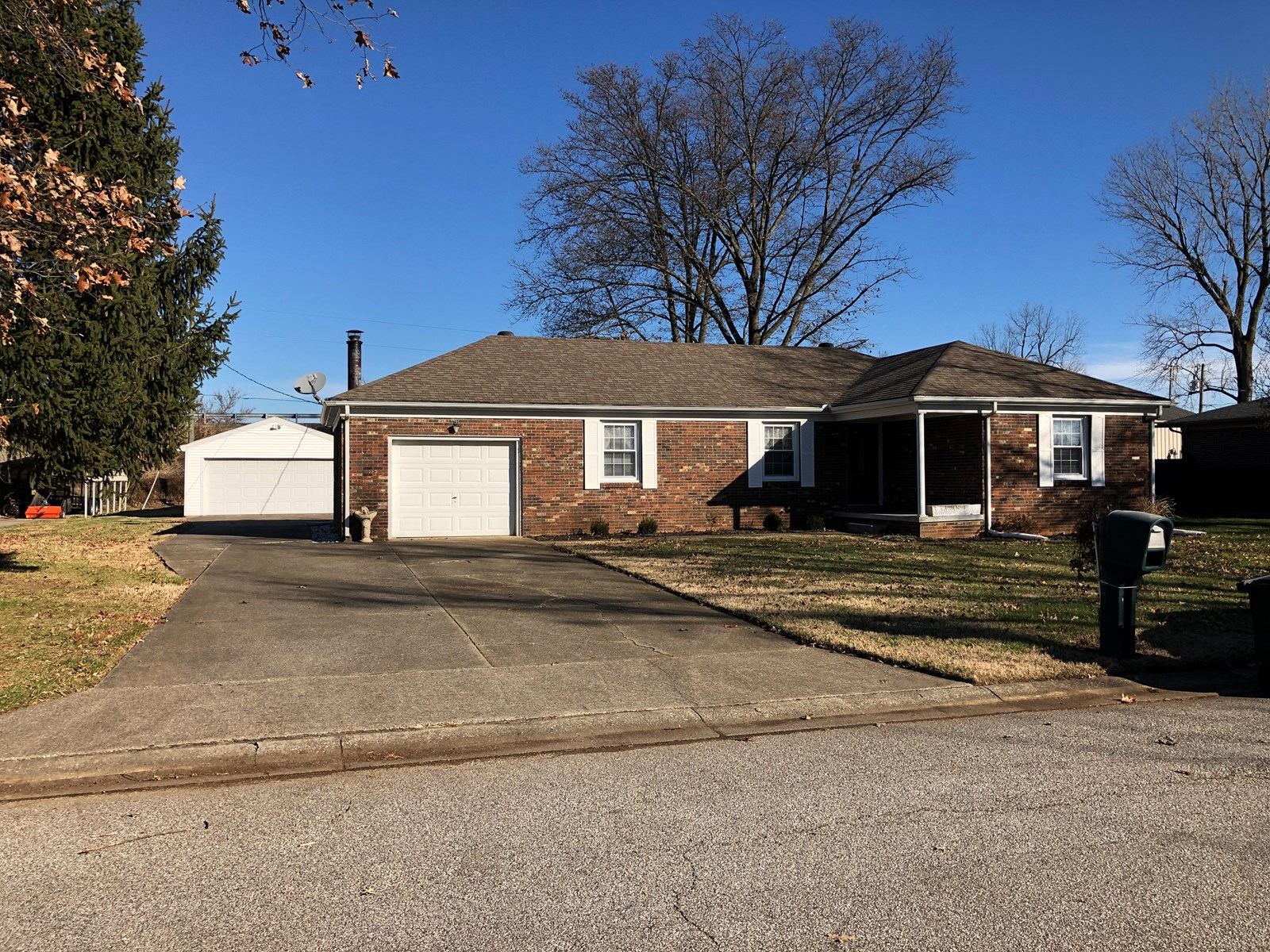 3 Bedroom Brick Home for Sale KY