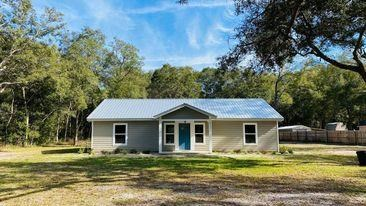 BRAND NEW CONSTRUCTION HOME IN BEAUTIFUL LEVY COUNTY!!!